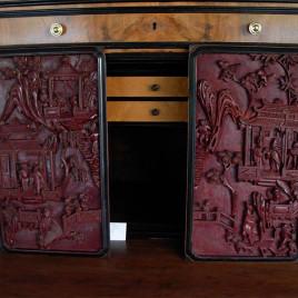 Pannelli decorativi in legno scolpito e laccato. Cina, XIX secolo
